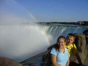 Hannah and David at Niagra Falls