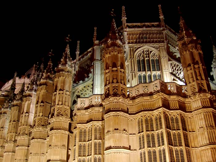 Westminster-Abbey-night